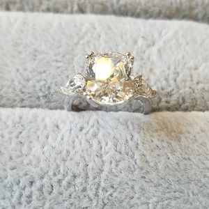 4 carat cushion cut high quality stone